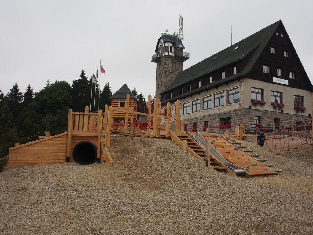 деревянный детский городок